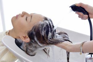 白髪を減らす・おすすめ・シャンプー・予防改善・効果的・理由